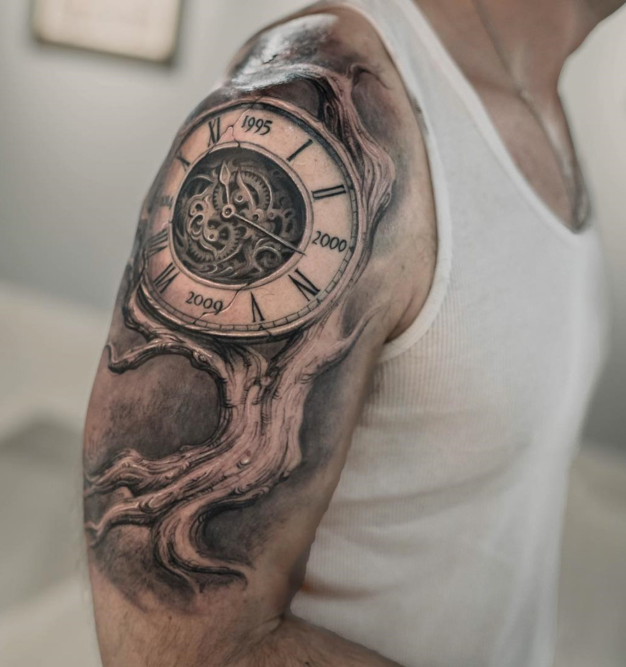 55 Awesome Clock Shoulder Tattoos with measurements 900 X 959