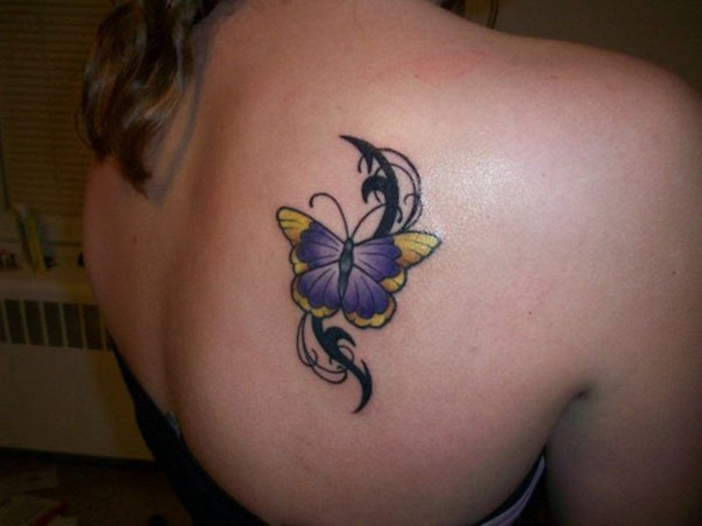 Shoulder Tattoos For Women Tattoofanblog with regard to size 1024 X 768