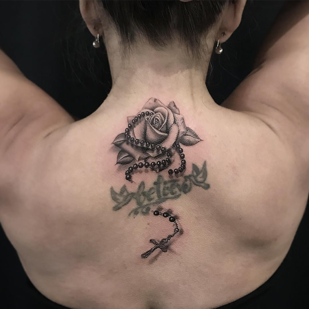 Tattoos For Women 80 Cute And Amazing Back Tattoos For Women regarding proportions 1080 X 1080