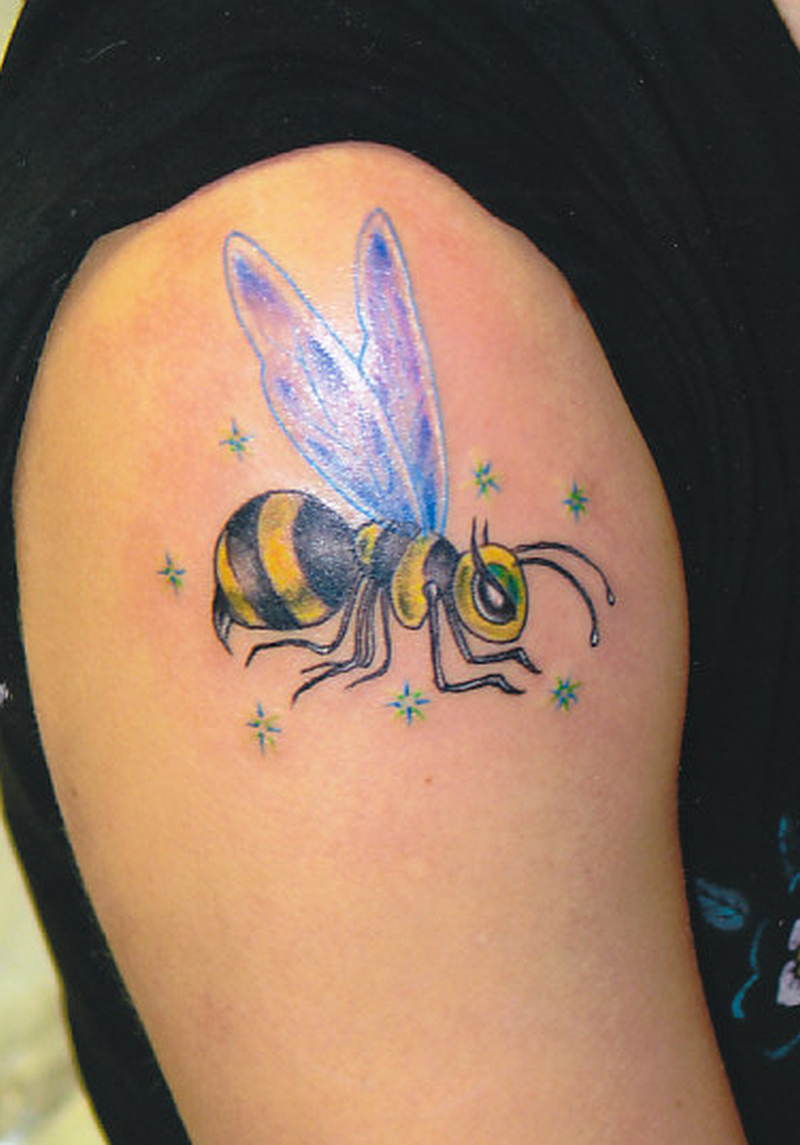 Wasp Bee Tattoo On Shoulder Tattoos Book 65000 Tattoos Designs with size 800 X 1145